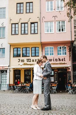 Hochzeitsfotograf im historischen Rathaus Köln
