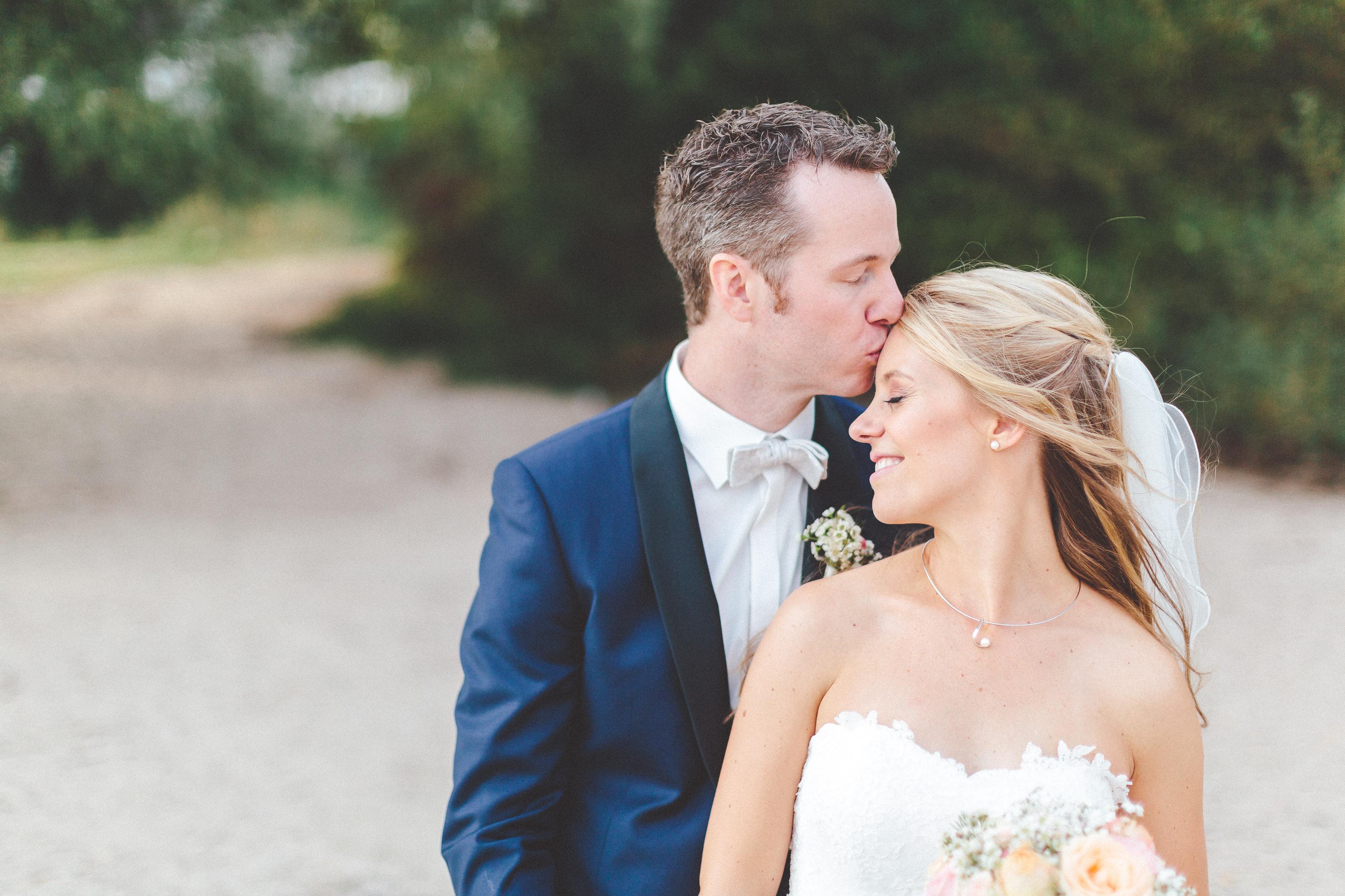 Hochzeit im Rheinhotel Vier Jahreszeiten in Meerbusch Meerbusch