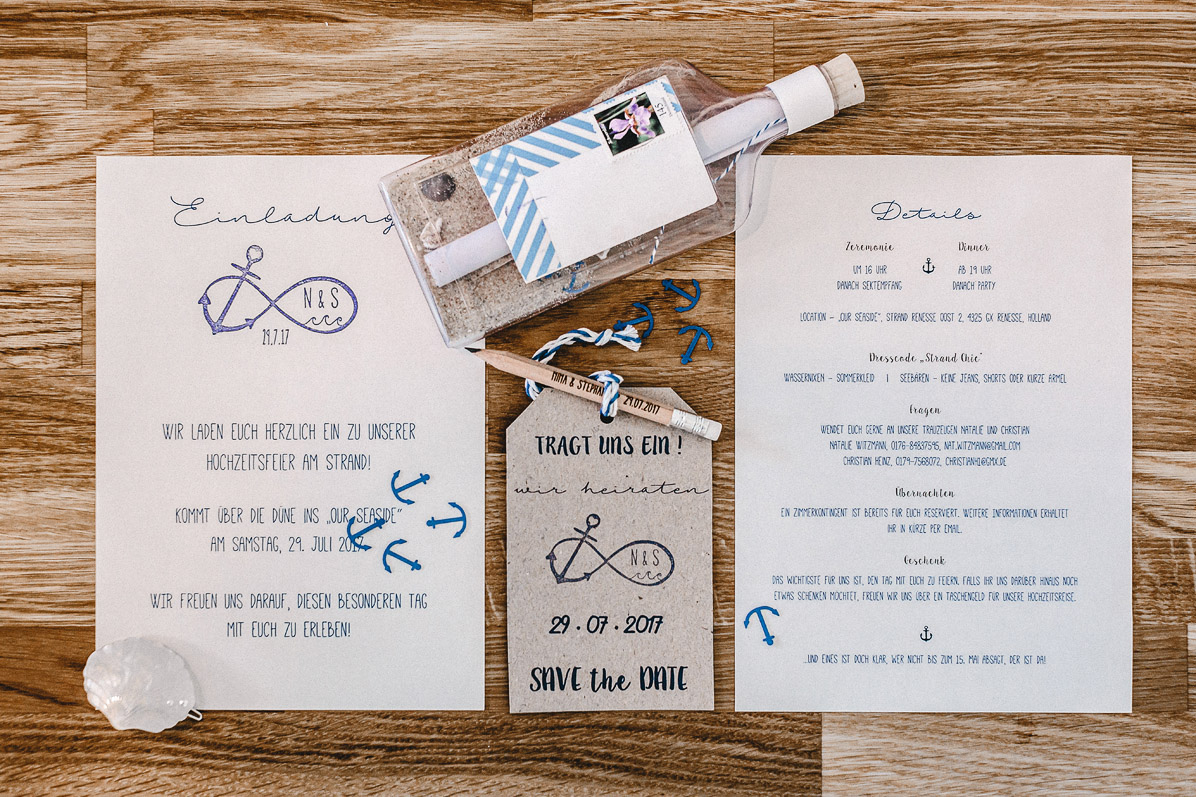 Papeterie und Einladungskarten einer Strandhochzeit in Holland