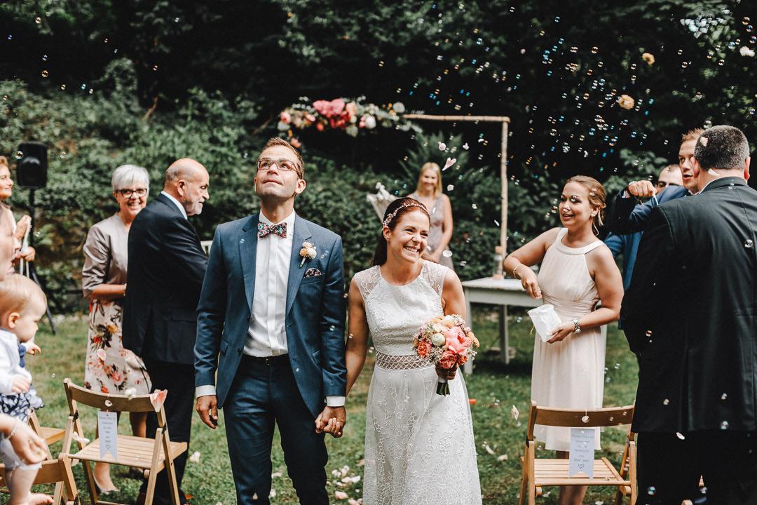 Authentische und farbenfrohe Fotoreportage einer Hochzeit in Köln